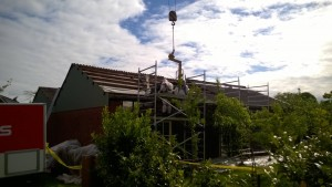 Asbest verwijderen van het dak